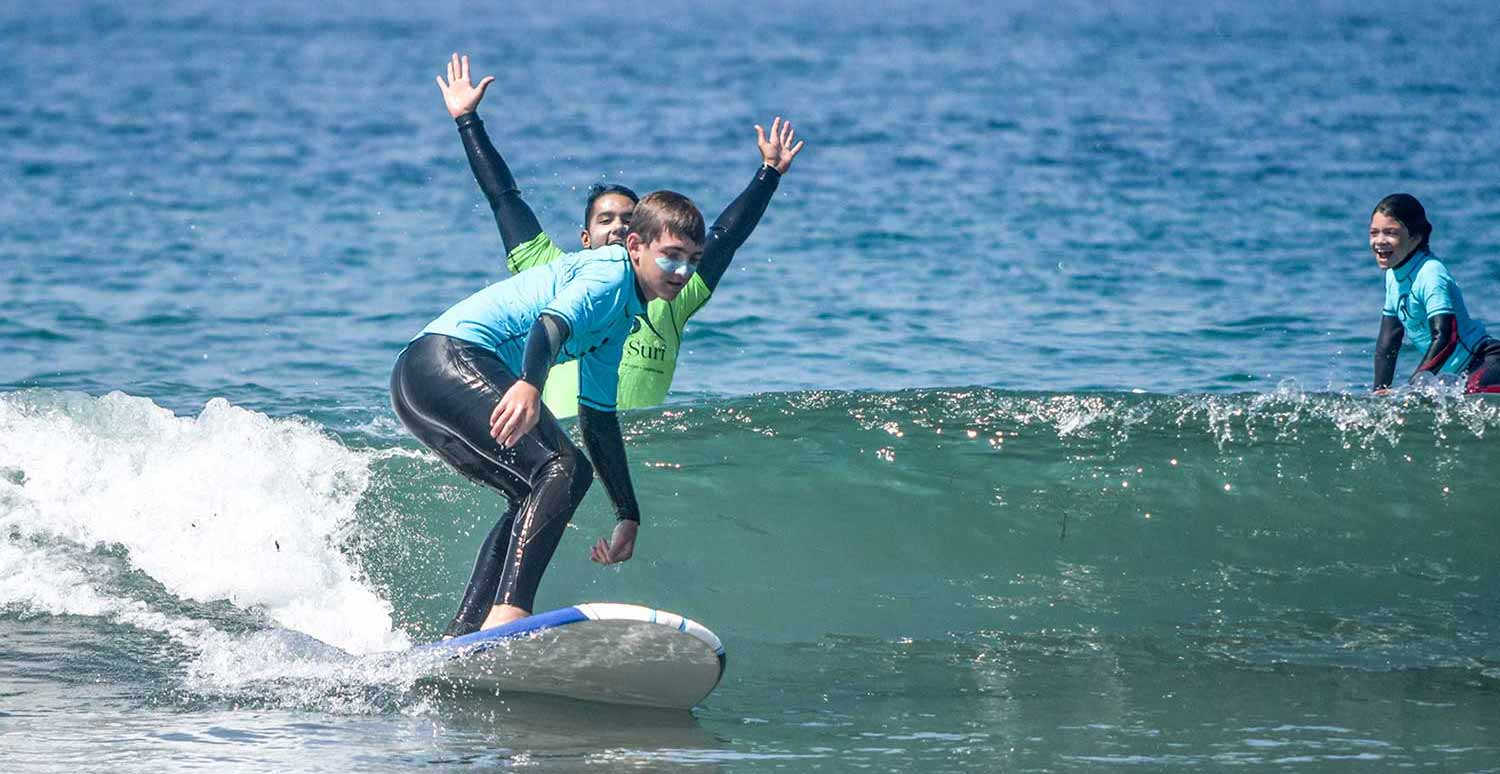 surf-lessons-los-angeles.jpg