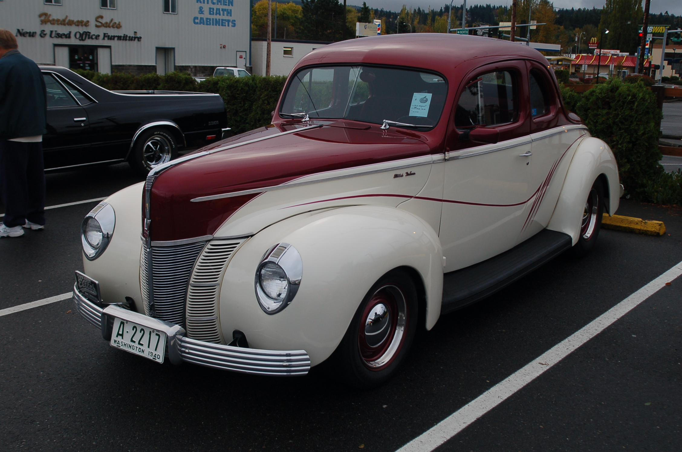Chuck Marquart 40 Ford coupe.JPG