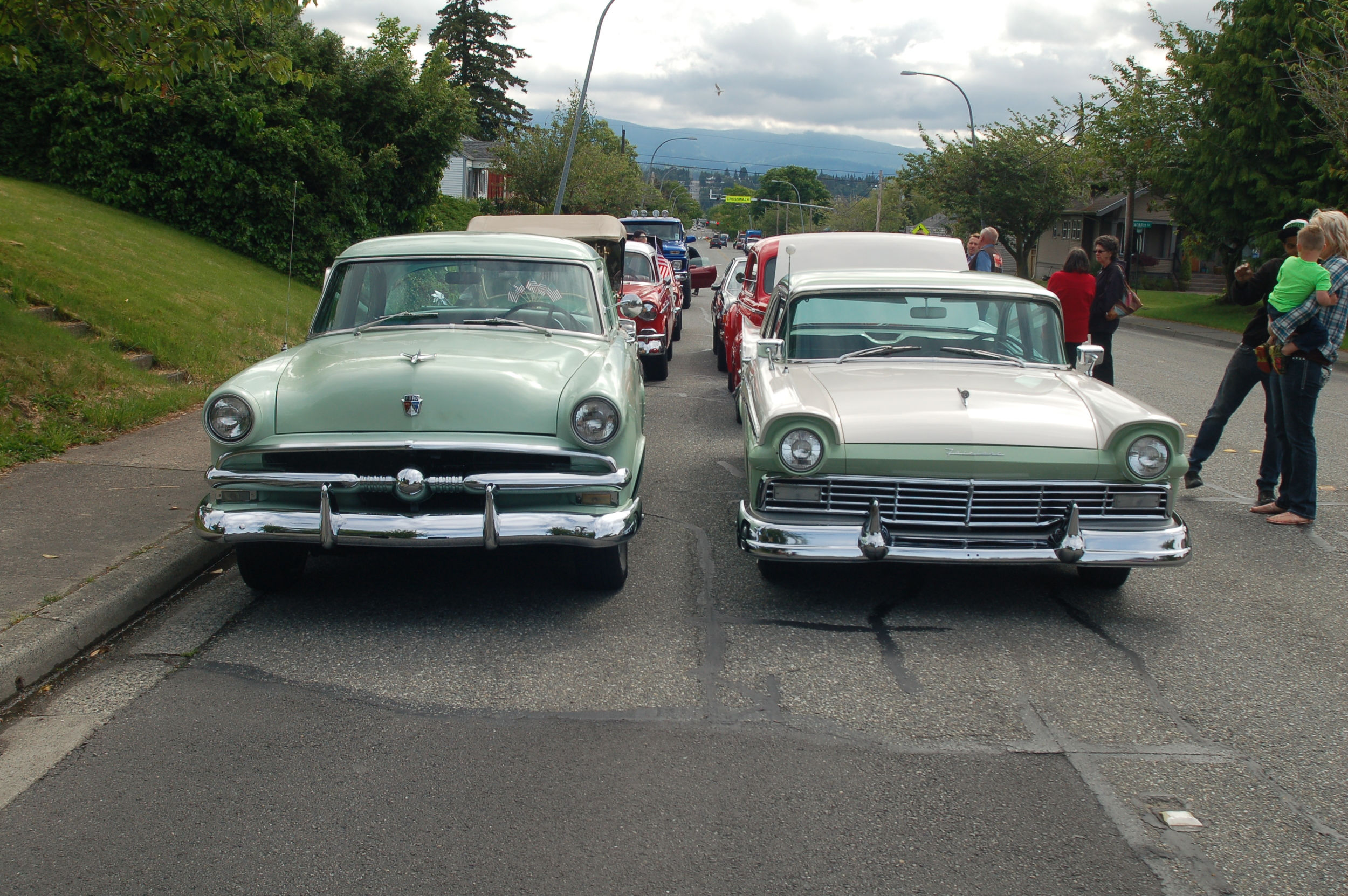 53 and 57 Fords.JPG