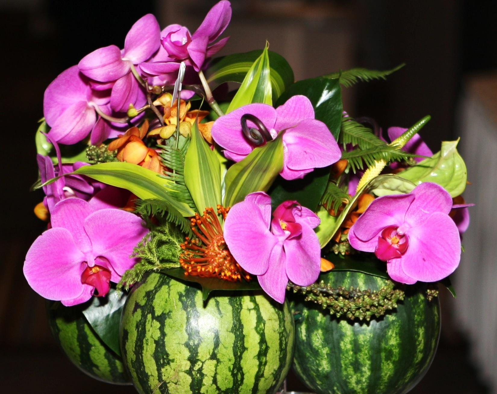 watermelon centerpiece2.jpg