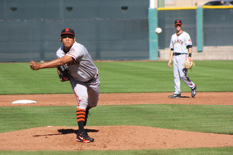 Venezuela native Luis Ysla features three qualify pitches: fastball, changeup, slider. (Conner Penfold / Giant Potential)