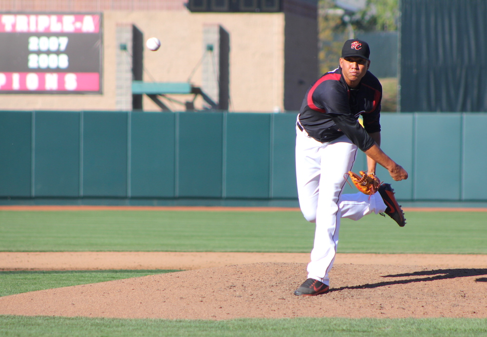 Joan Gregorio lasted 4.1 innings after reaching 80 pitches in game one of Monday's doubleheader. (Conner Penfold/Giant Potential)