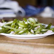Wstążki szparagowe z parmezanem