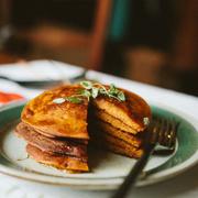 Piernikowe pancakes gryczane z dynią