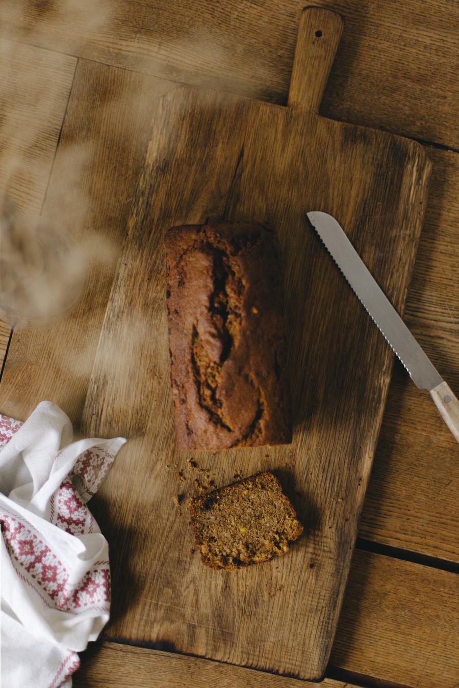 dark muscovado pistachio banana bread