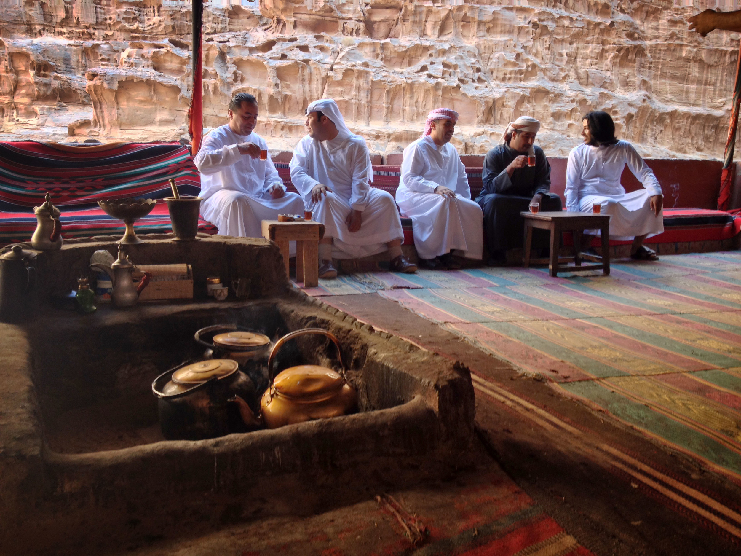 2.11.13 Tea break in Wadi Rum.JPG