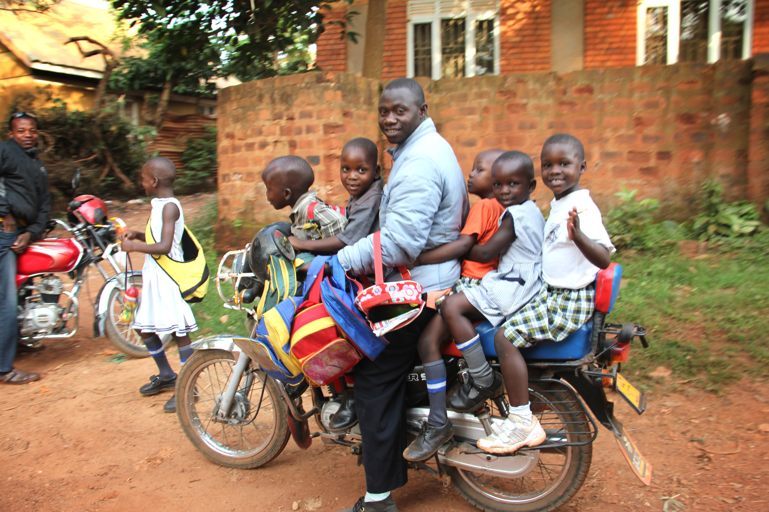 6 people on a boda