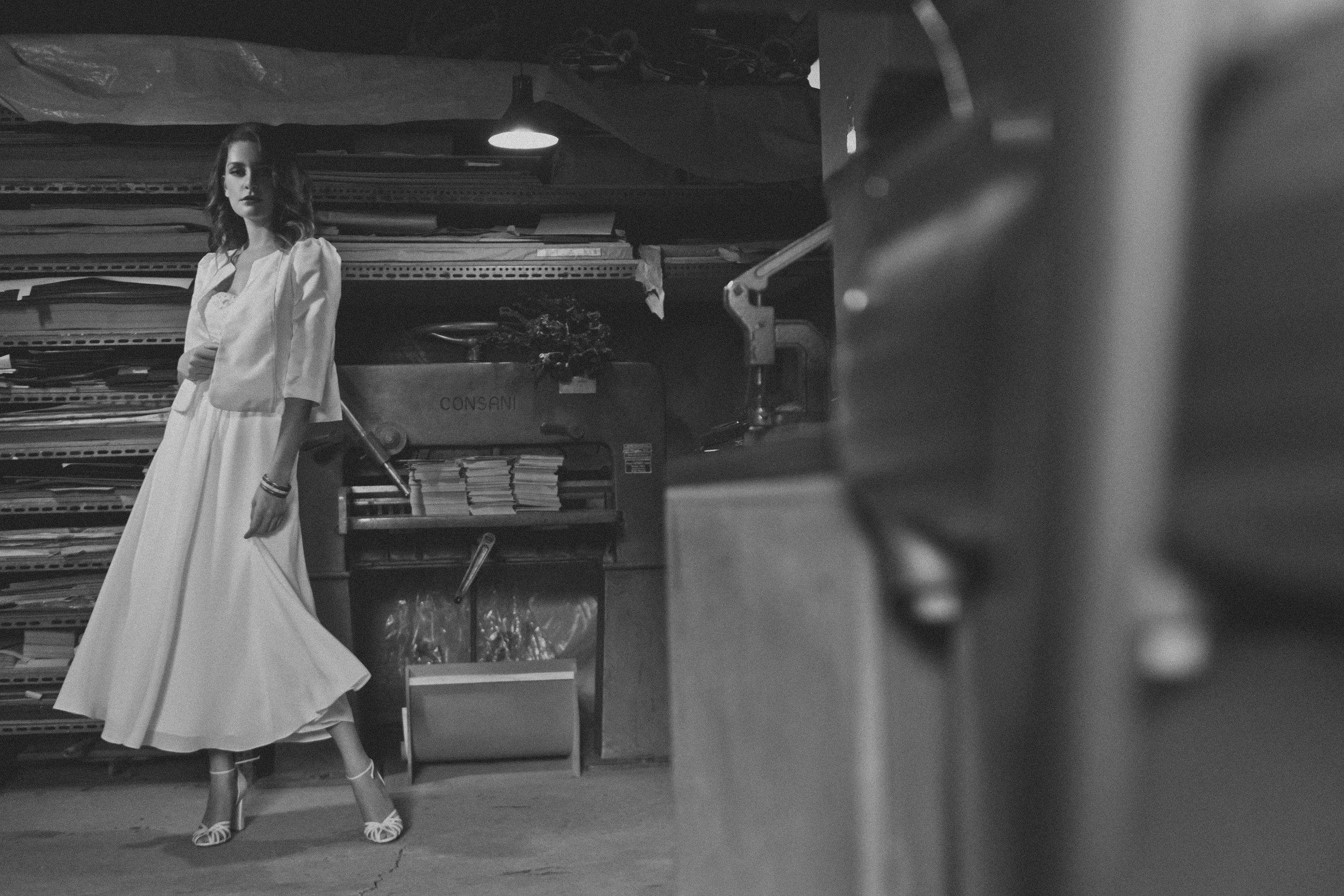 Vestido e casaqueto Kelly . L'Appartement Atelier . Made in BH . Made in Brazil . Vestido de Noiva BH . Sapatos Juliana Bicudo