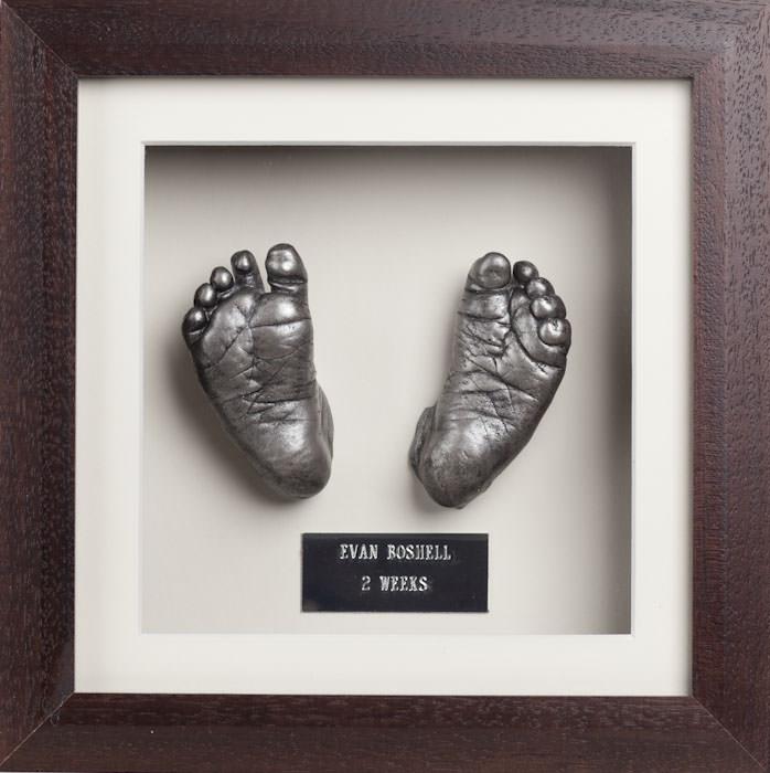 baby-cast-feet-in-frame.jpg