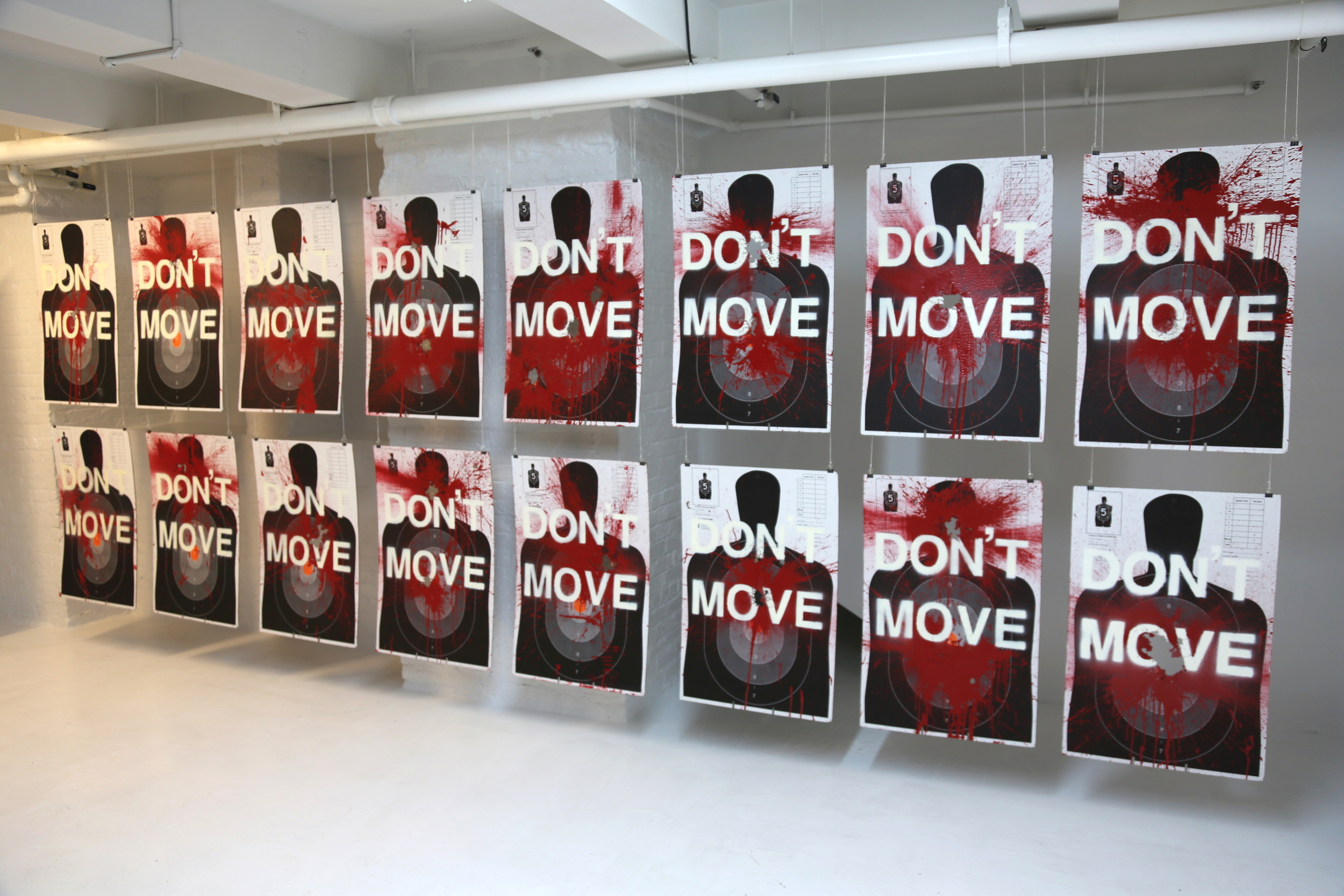 DON'T MOVE (2015)