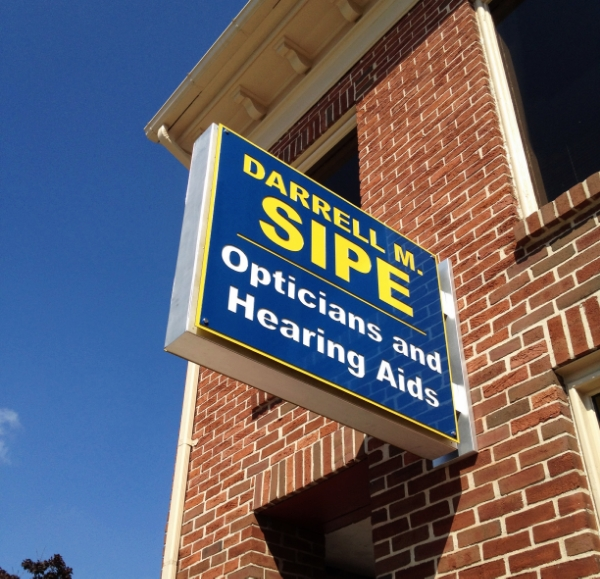Signs | Darrell M. Sipe Opticians & Hearing Aids Sign | Hanover, PA