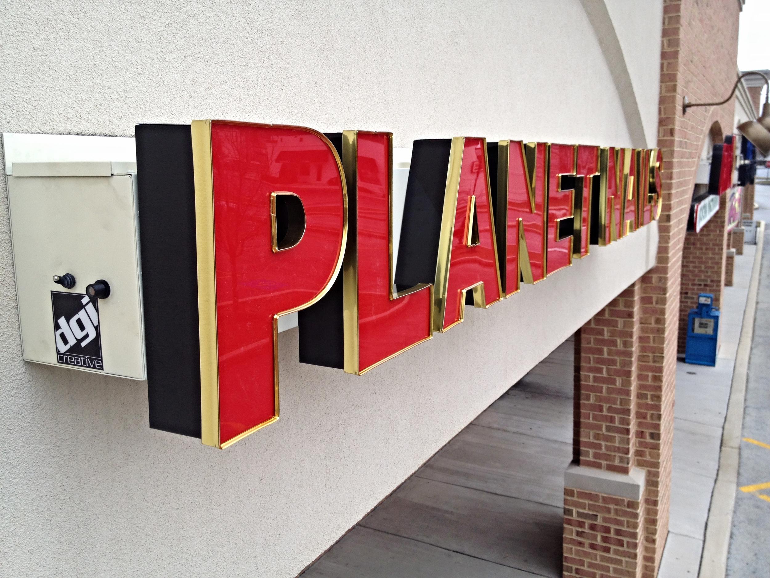 Signs | Planet Nails Sign | Hanover, PA