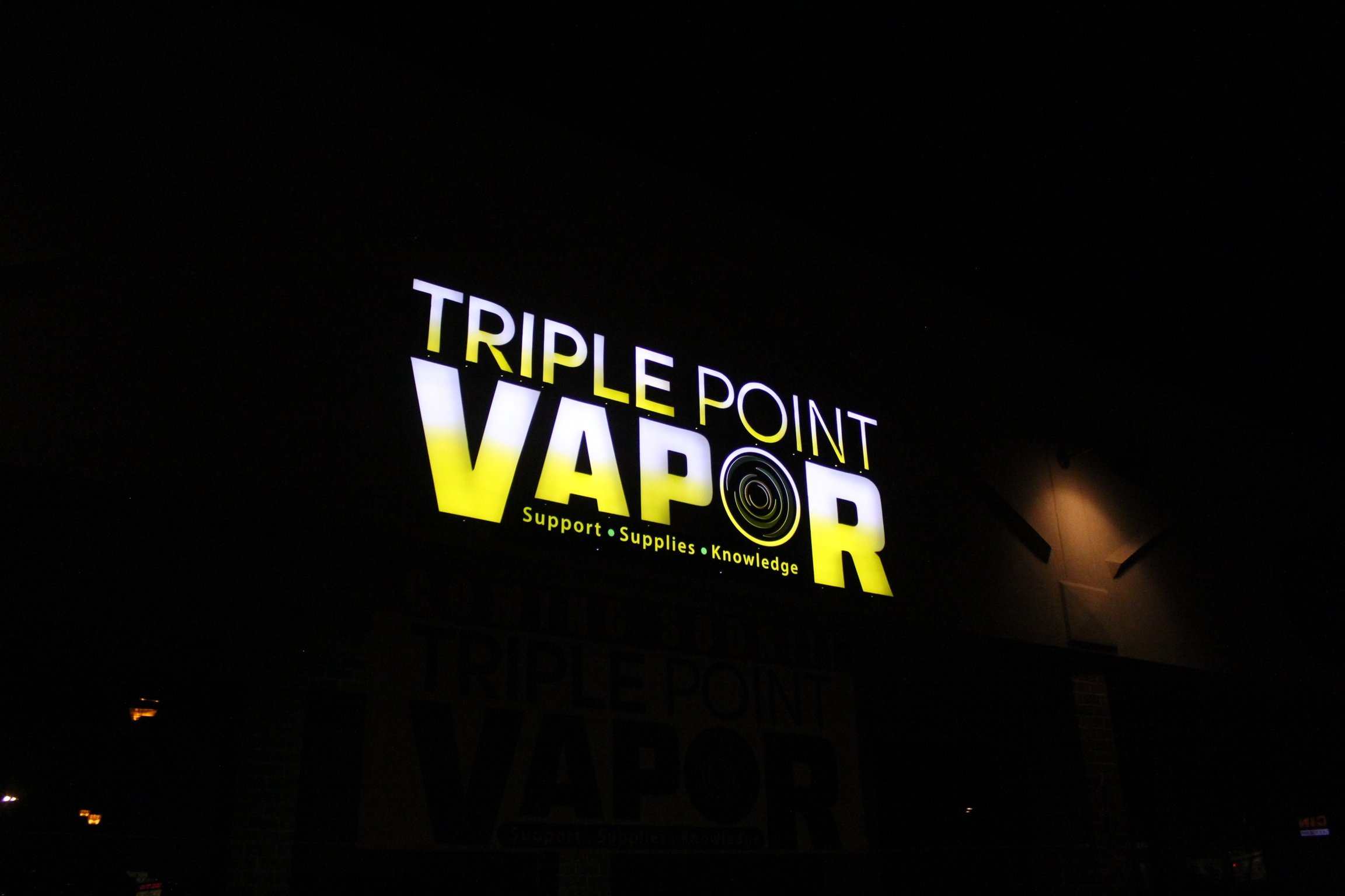 Signs | Triple Point Vapor Sign | Hanover, PA