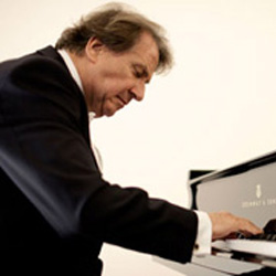 Rudolph Buchbinder , world renowned classical pianist, came to Dubway to connect with a dozen radio stations for interviews about his forthcoming Mozart recording on forte piano.