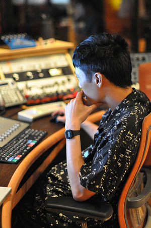 Composer Jeremy Yang, of  Silencio,  spent several days during his NYC visit from Australia, to develop and present audio design to two of his advertising clients.