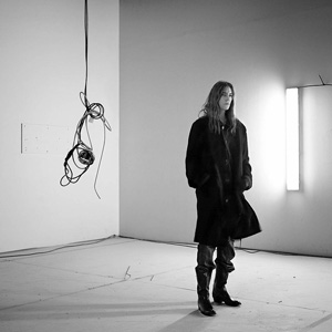 New York artist  Jeff Gordon  brought in   Patti Smith   to record tracks for his new  Sony Music  release of poems and other works.