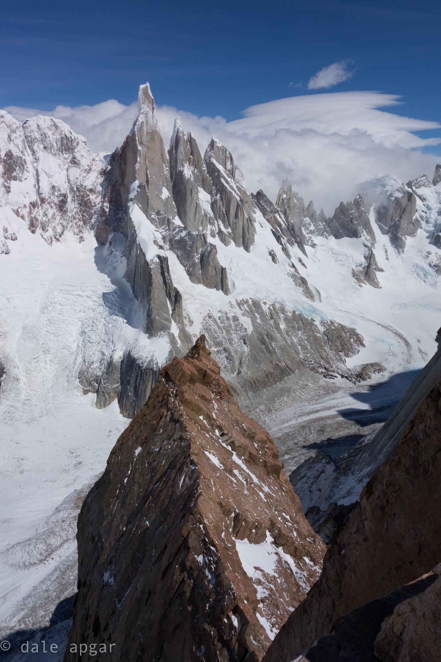 A look down from the Mojon Rojo summit
