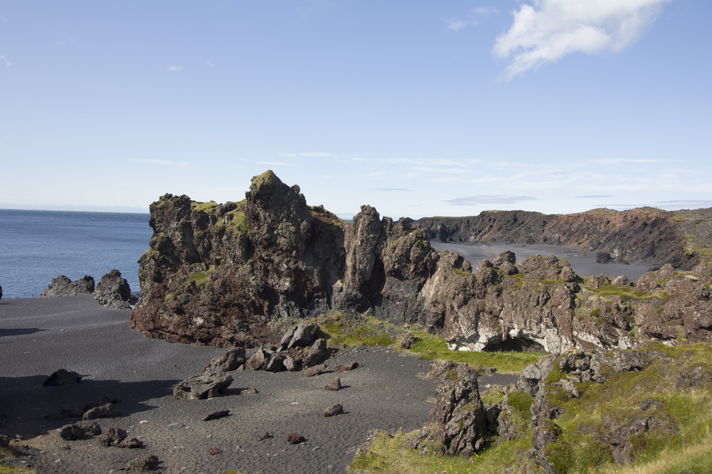 Djúpalónssandur ~ black stone and lava beach