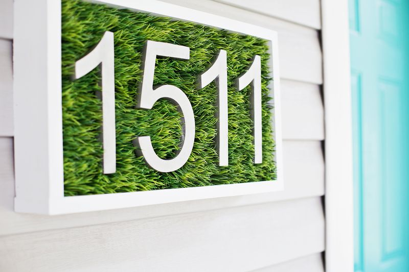 Faux-grass-house-number-.jpeg