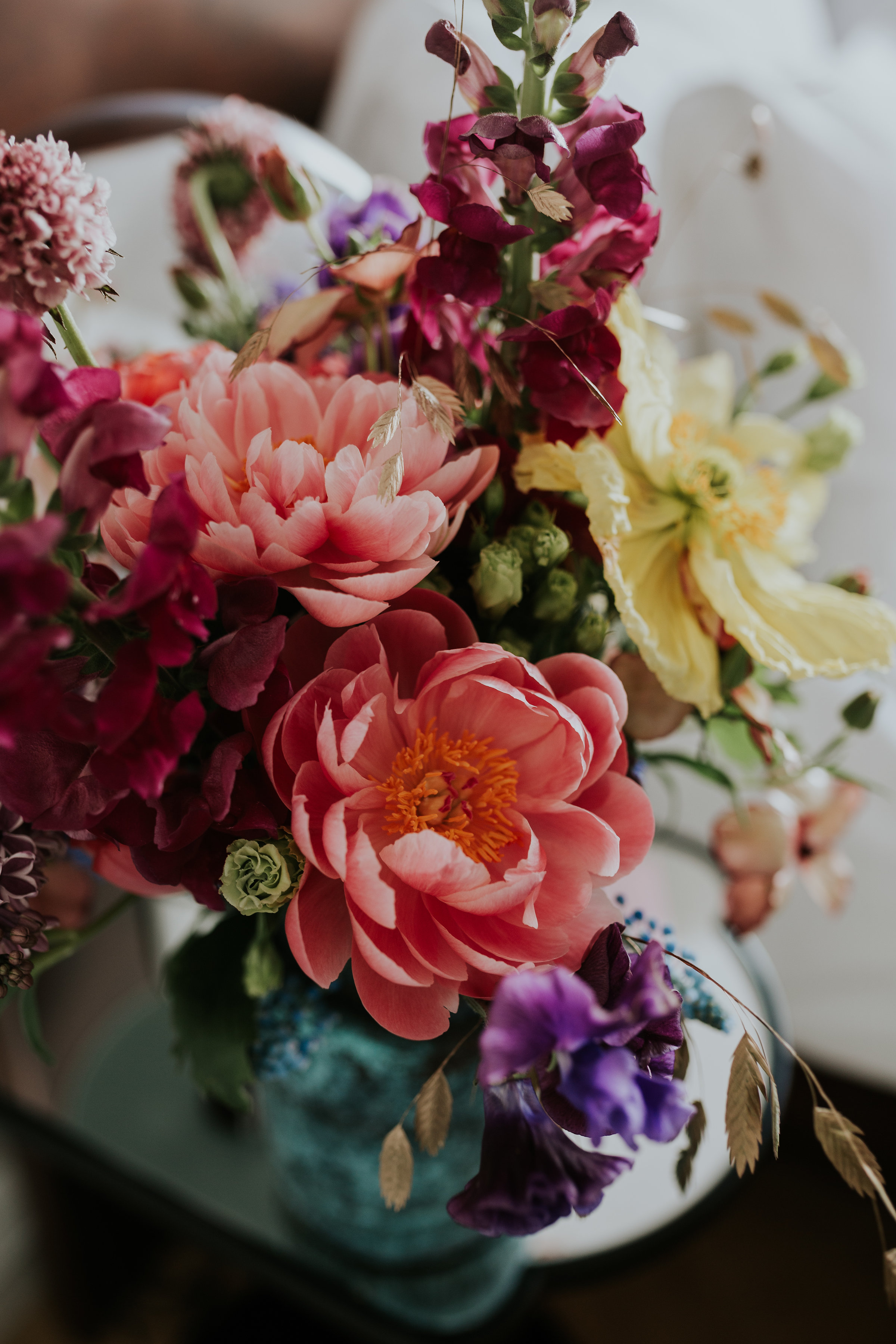 A.P Bloem florist bloemist evenement bloemen amsterdam luxury golden age guirlande garland florals pulitzer wedding bruiloft trouwen marriage styling liefde peonies poppies papaver goudeneeuw stilllife dutch