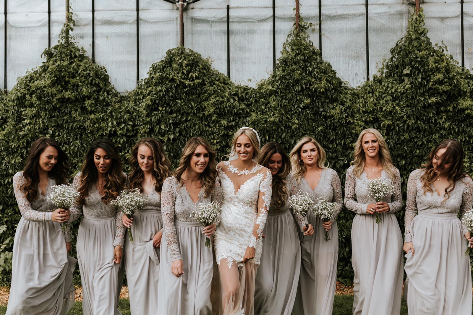 #apbloem #florist #bloemist #amsterdam #bridesmaids #bloemenwinkel #kerkstraat #bloemen #flowers #weddingstyling #bruiloft #trouwen #liefde #bride #wedding #marriage #bruidsboeket #floraldesign #mordernwedding #modernbride #greenhouse #kas #planten #styling #interiorstyling #white #wit