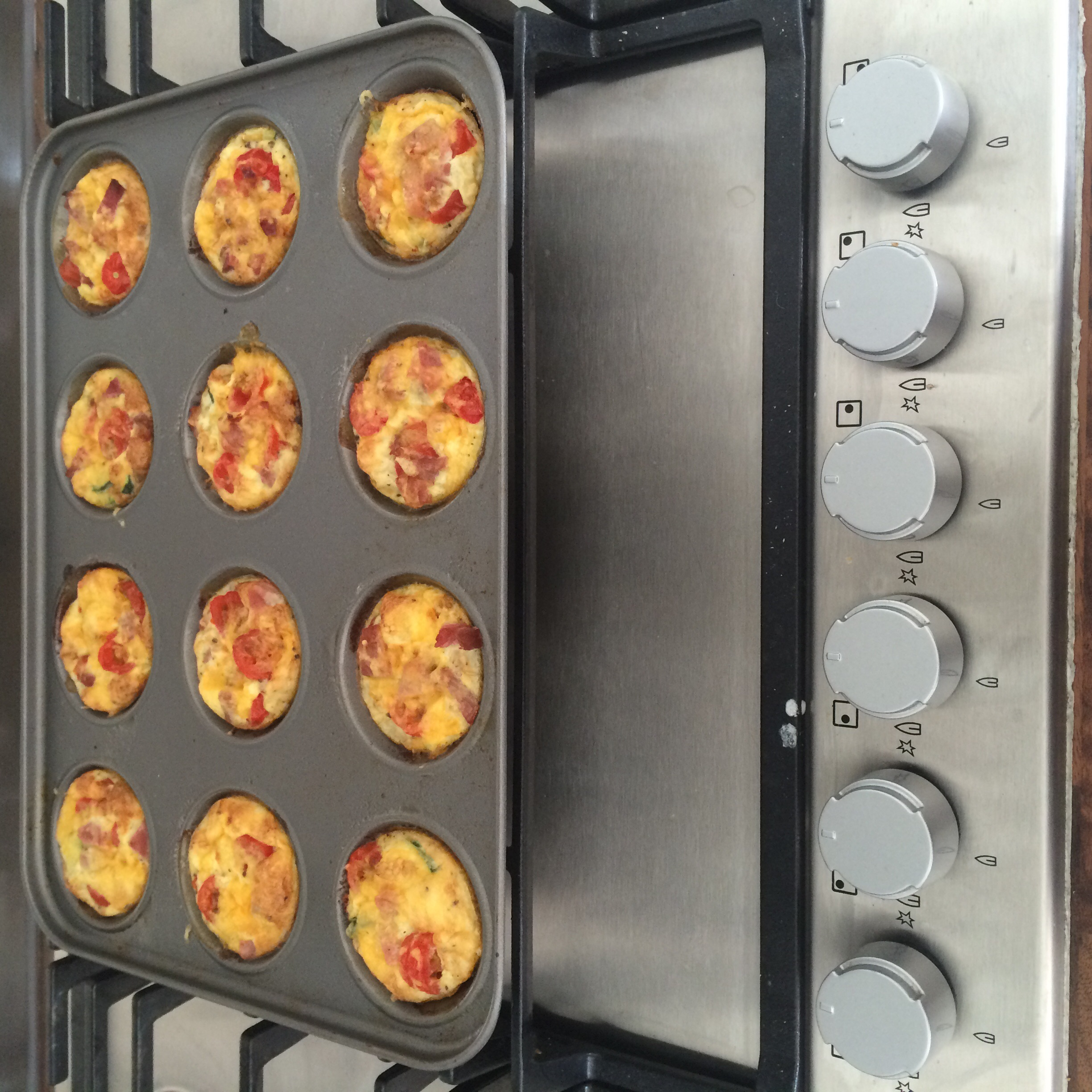 12 Mini Quiches
