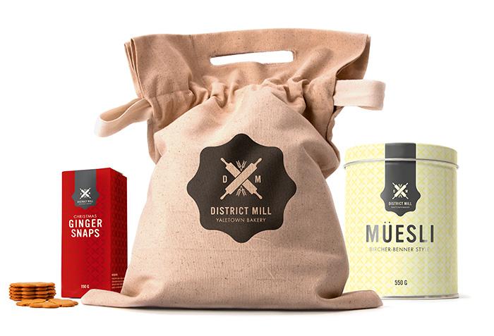 packaging_family.jpg