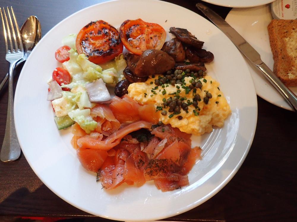 breakfast plate.jpeg
