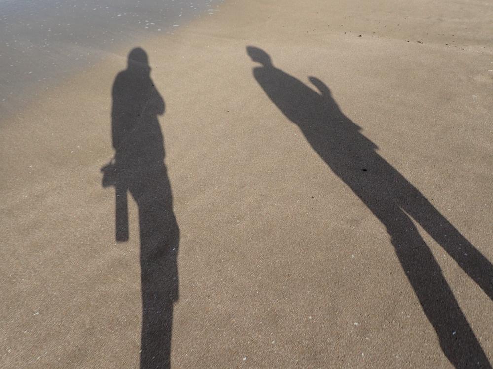 Hot water beach shadows.jpeg