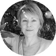 """Veronika Crecelius,  premiata come miglior giornalista esperta di vini in Germania dal """"Prix du Champagne Lanson"""" e firma di punta di """"Weinwirtschaft"""", la più influente rivista per il mercato del vino tedesco."""