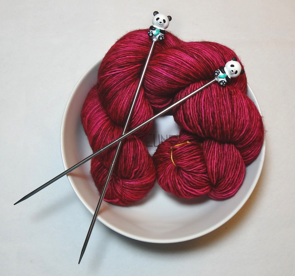 Red Yarn in Bowl.jpeg