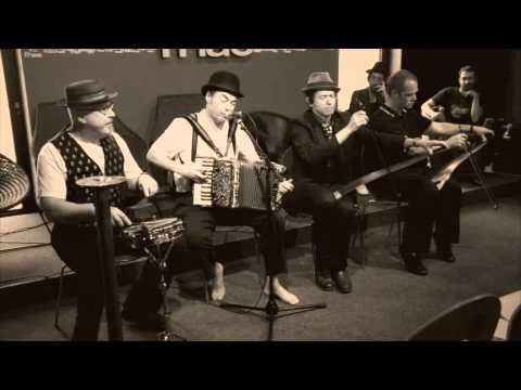 Live in-store Radio Session with Tiger Lillies. Lyon, July 2011