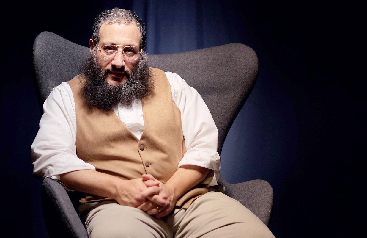 """Mottel Baleston   is a Messianic Jewish scholar who has an extensive ministry spreading the Good News of Yeshua as the Jewish Messiah.  You may view Mottel's compelling testimony –""""How I Met Messiah""""on YouTube."""