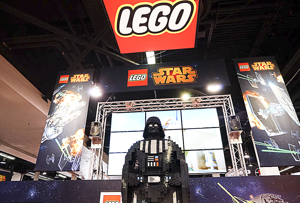 The world's largest Lego Darth Vader ever built. This thing was really massive!