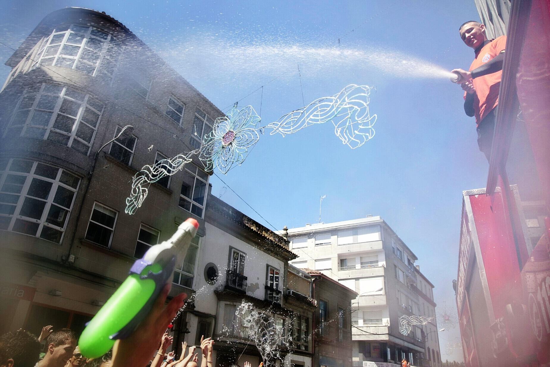Festa da Auga - Vilagarcía 2014 by Beyuve (9).jpg