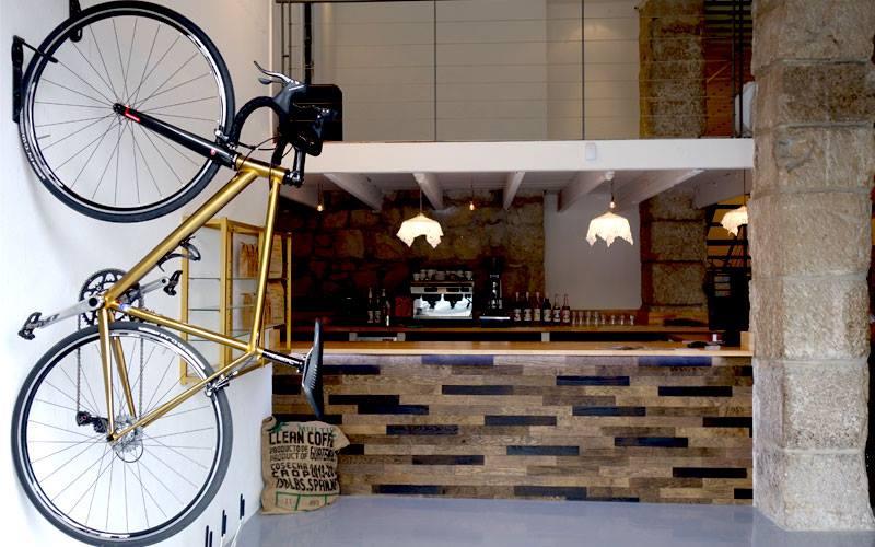 The Real Café! ©Café du Cycliste