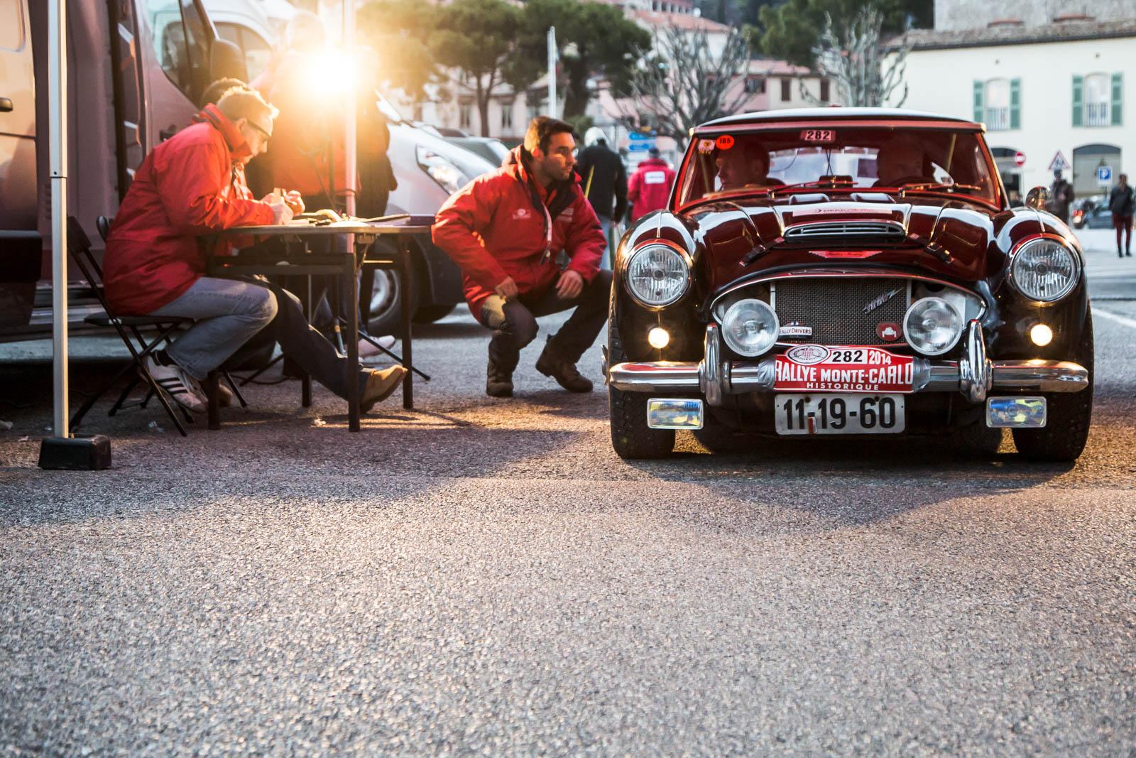 © Ivan Blanco - Rallye Monte-Carlo Historique 2014 LR-5035.jpg