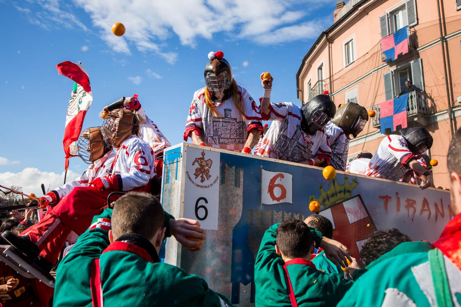 © Ivan Blanco - Carnavale di Ivrea LR-7707.jpg