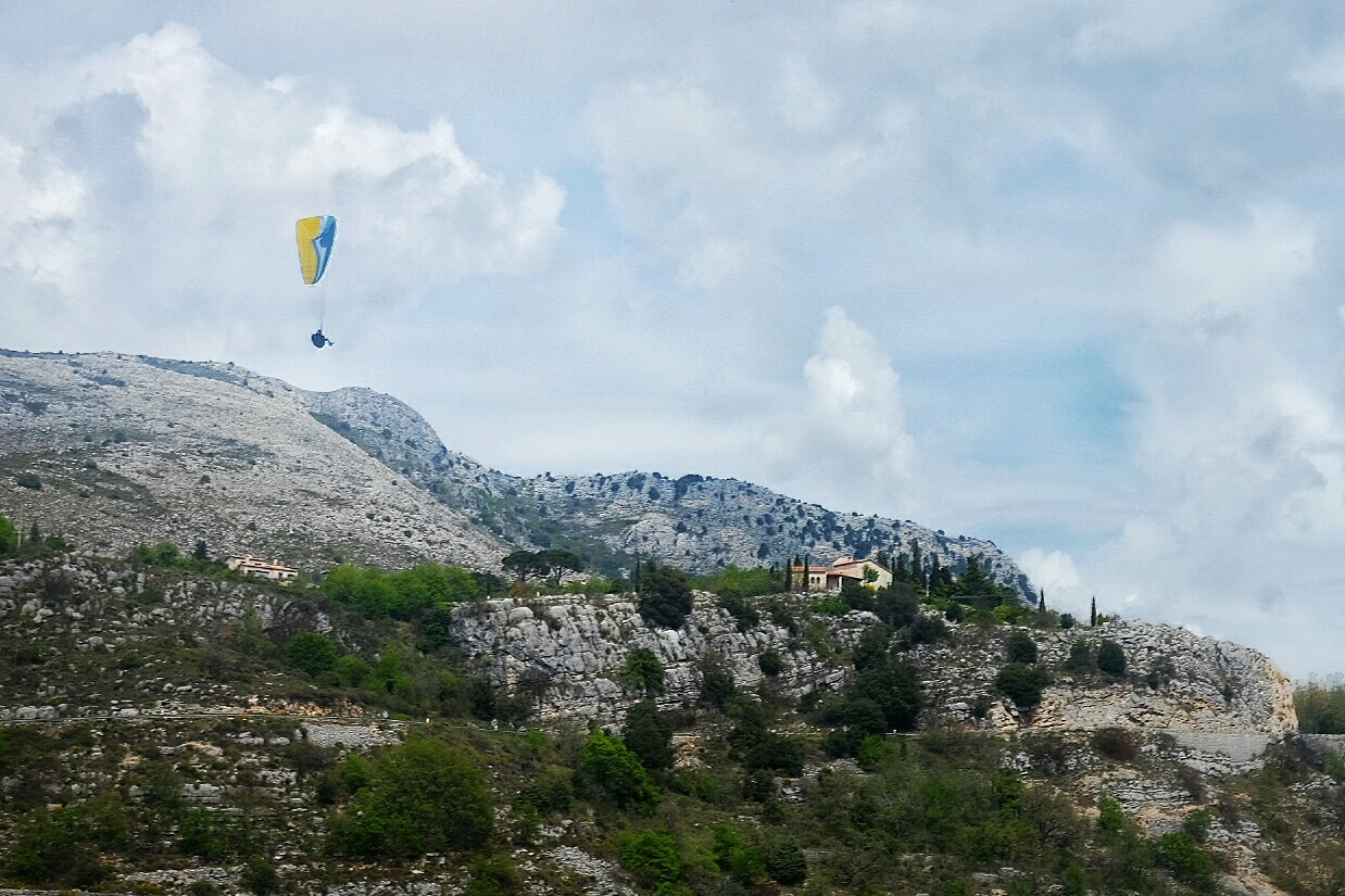 Sportive Louis Caput 2016 by Ivan Blanco - Gourdon Paraglider France Landscape South Provence Cycling