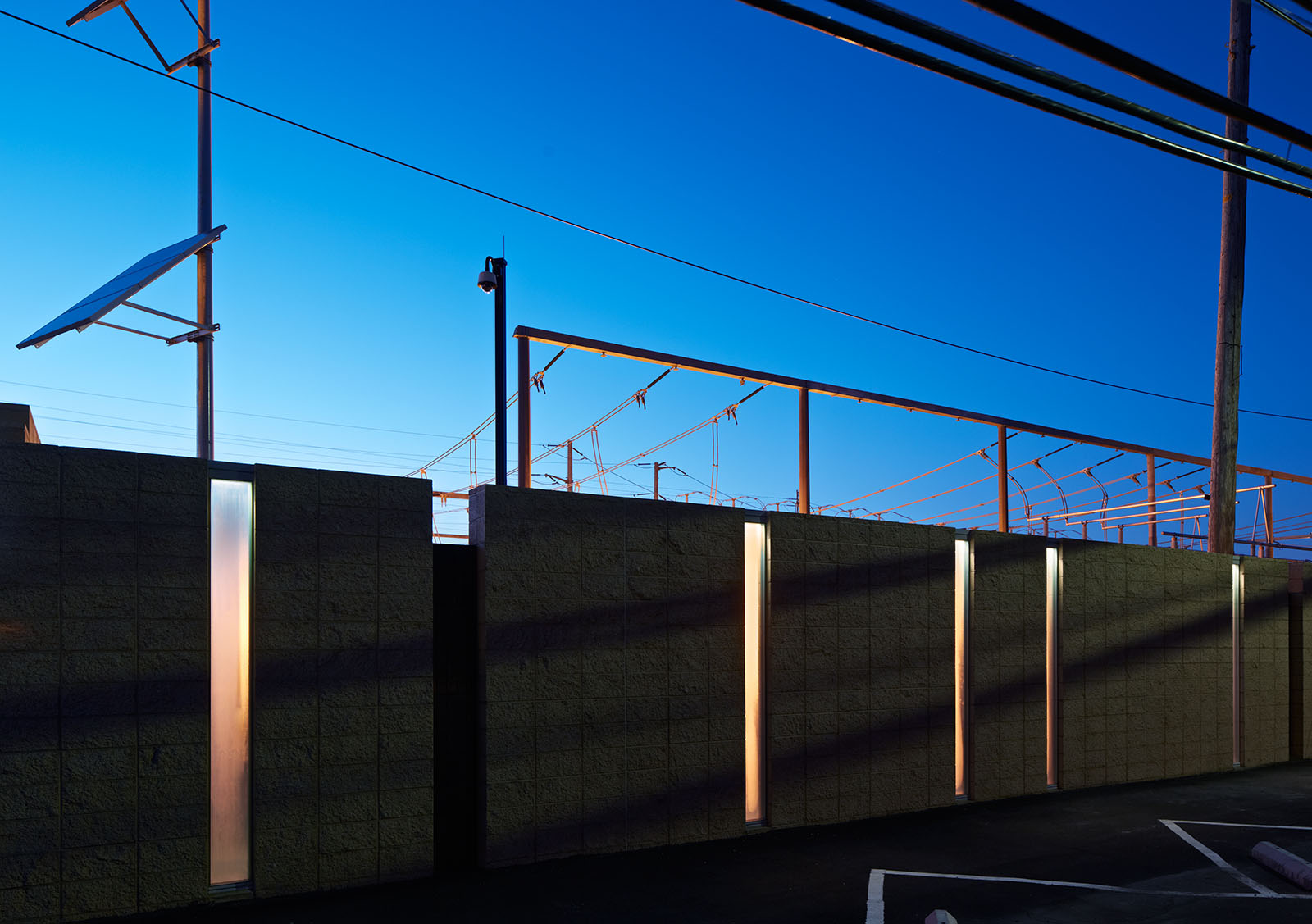 Channel glass illuminated by solar power lighting