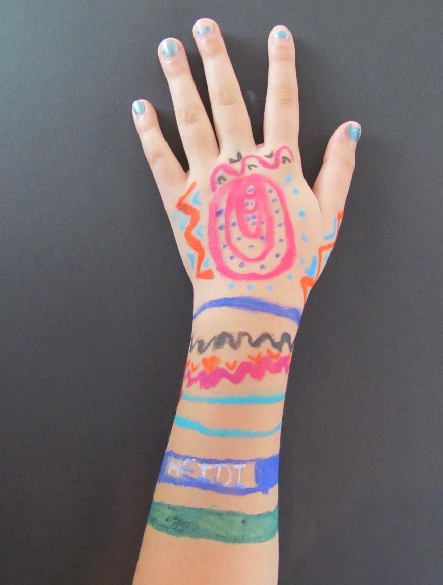 hand heidi.jpg