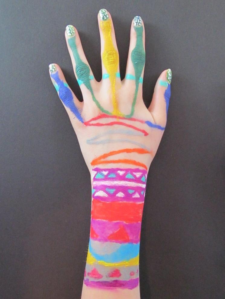 hand sabrina.jpg