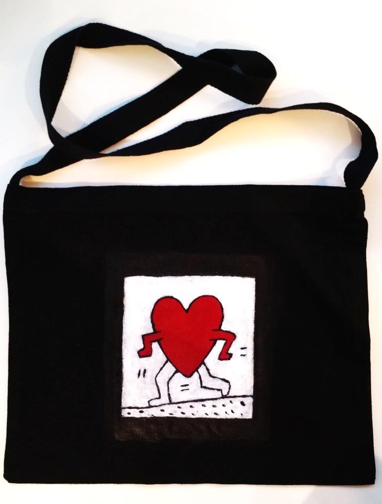 bag+front+hannah.jpg
