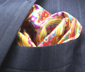 Tech Dapper: a pop of color for your pocket and the perfect microfiber to keep your glasses and cell phone all nice and shiny all the time. Seriously, this microfiber is the top of the line. You can use it on your camera lens. read more of the tech details on the t2 TECH Square in the Etsy Store.