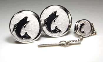 A beautiful example of preserved vintage Swank. Silver fish cufflinks & tie tack set.