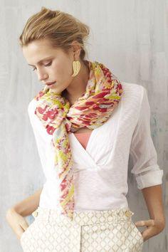 fececc064ac5578ae187137789c62d04--tie-a-scarf-wear-a-scarf.jpg