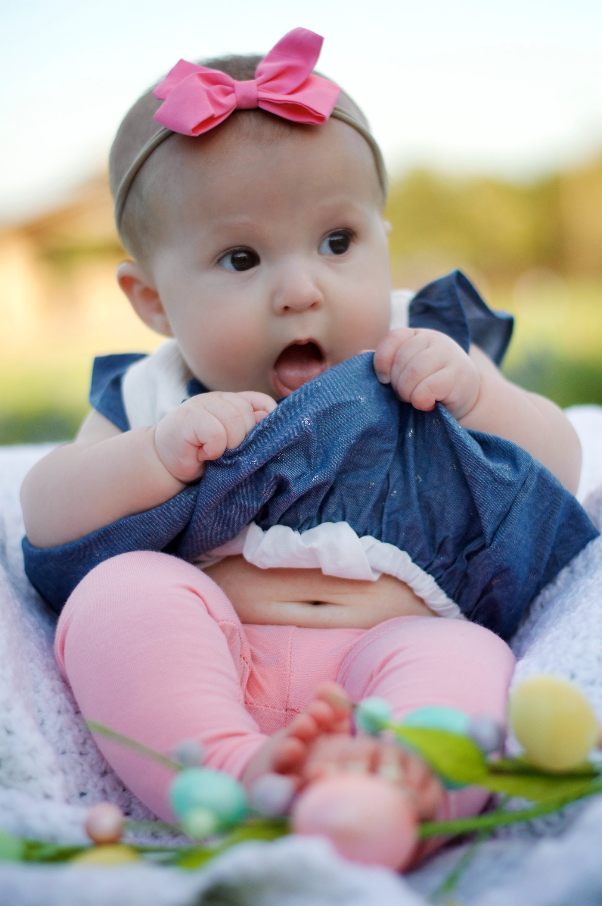 amazing-baby-baby-girl-377045.jpg
