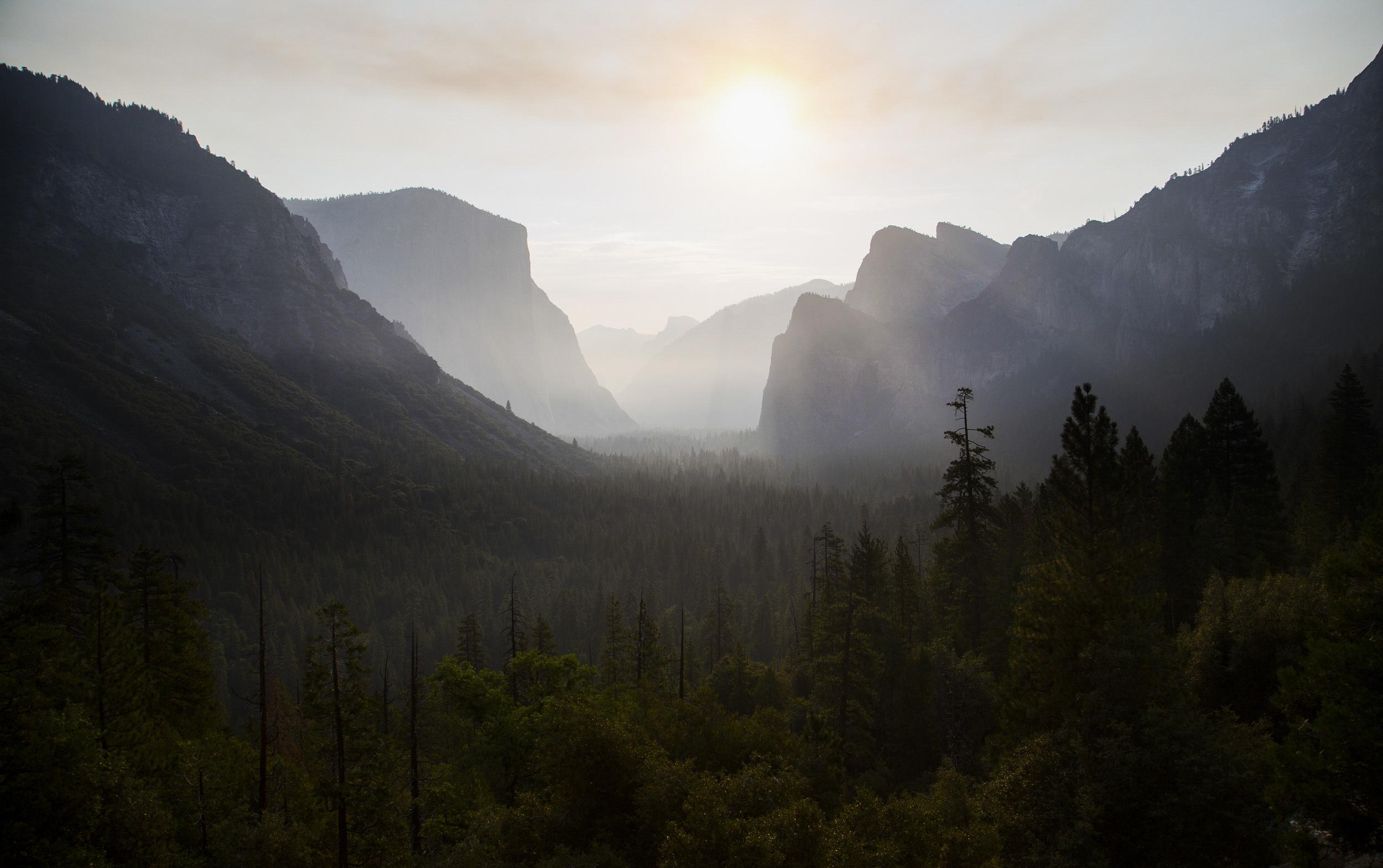 Yosemite Sunrise - B.Hall.jpg