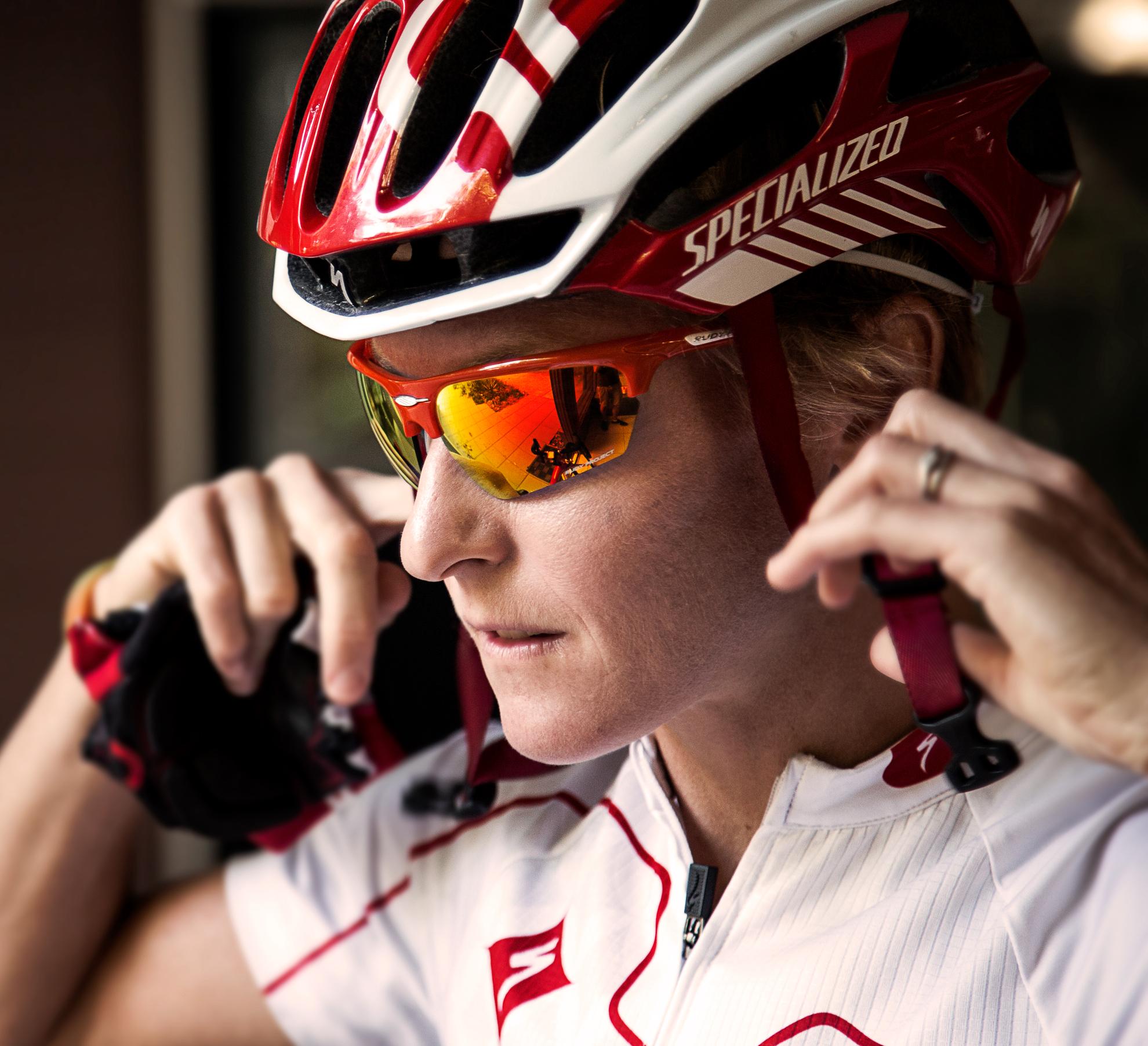Mel Hauschildt - 220 Triathlon Magazine