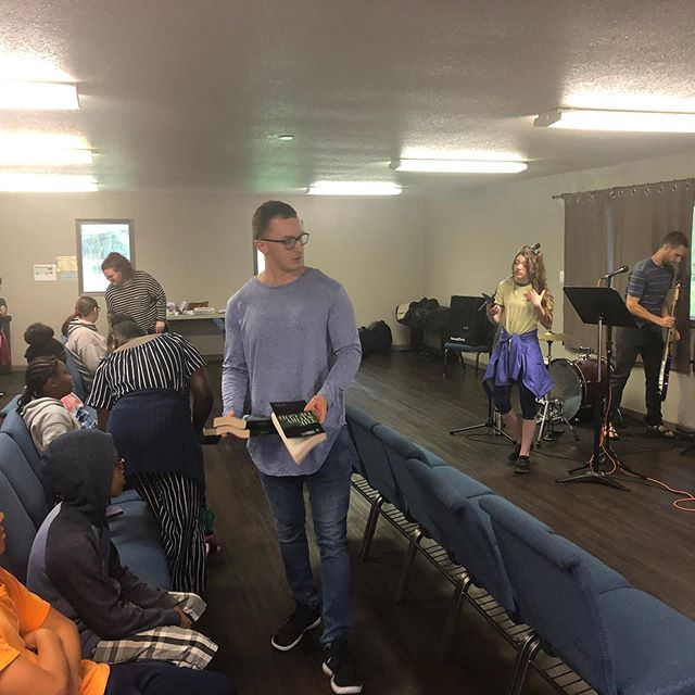 """Night number one is complete for our first midweek service """"the middle"""" at @timberlakerenton, after some pizza Jesus and a couple rounds of chubby bunny it's time to call it a night. See you next week! @tlakestudents_renton"""